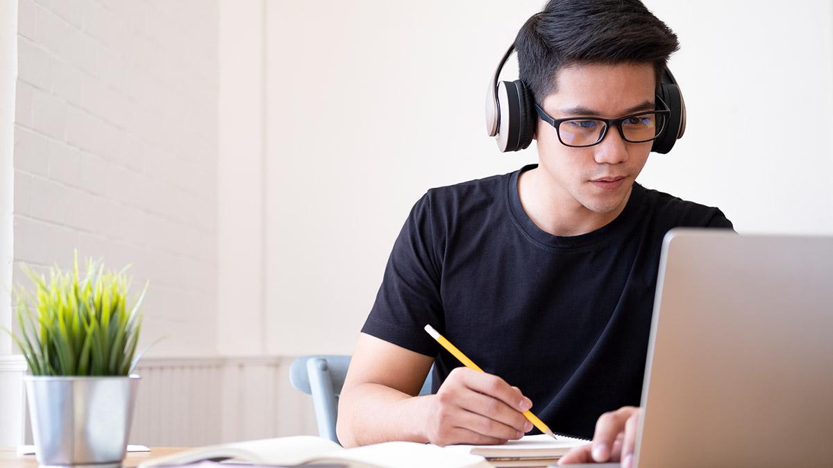 7 وب سایت معتبر برای تدریس آنلاین زبان انگلیسی